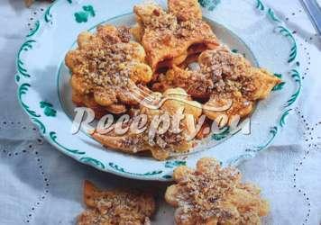 Jednoduché ořechové dobrůtky Vánoční cukroví