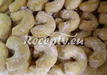 Jednoduché vanilkové rohlíčky vyrobené bez formiček