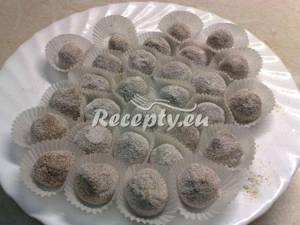 Kokosové kuličky z keksů