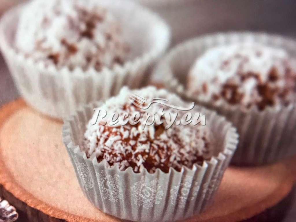 Nepečené kokosovo-kakaové kuličky bez lepku